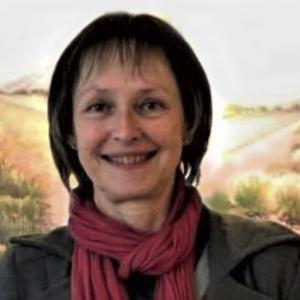 Julia Skeen-Mann