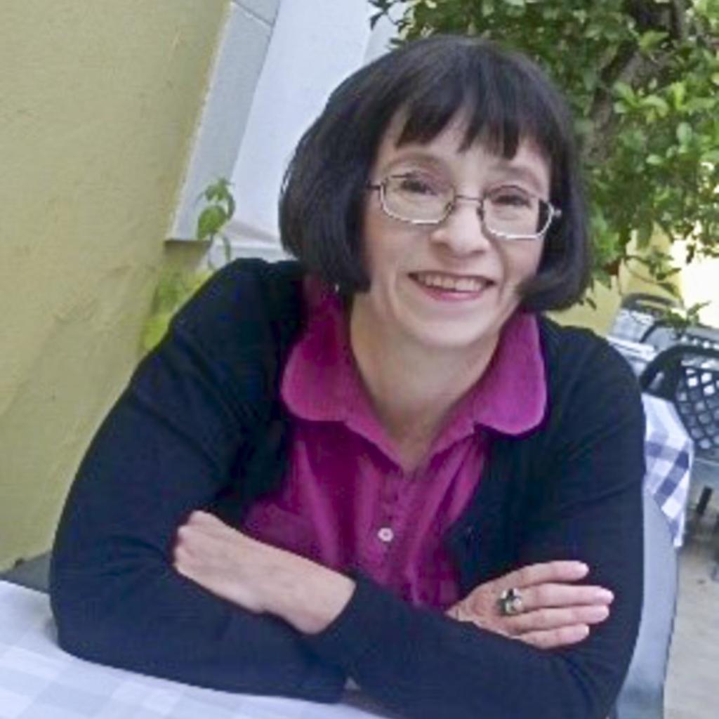 Jane De Sousa